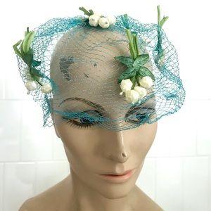 Vintage 1950's blue fishnet floral veil fascinator